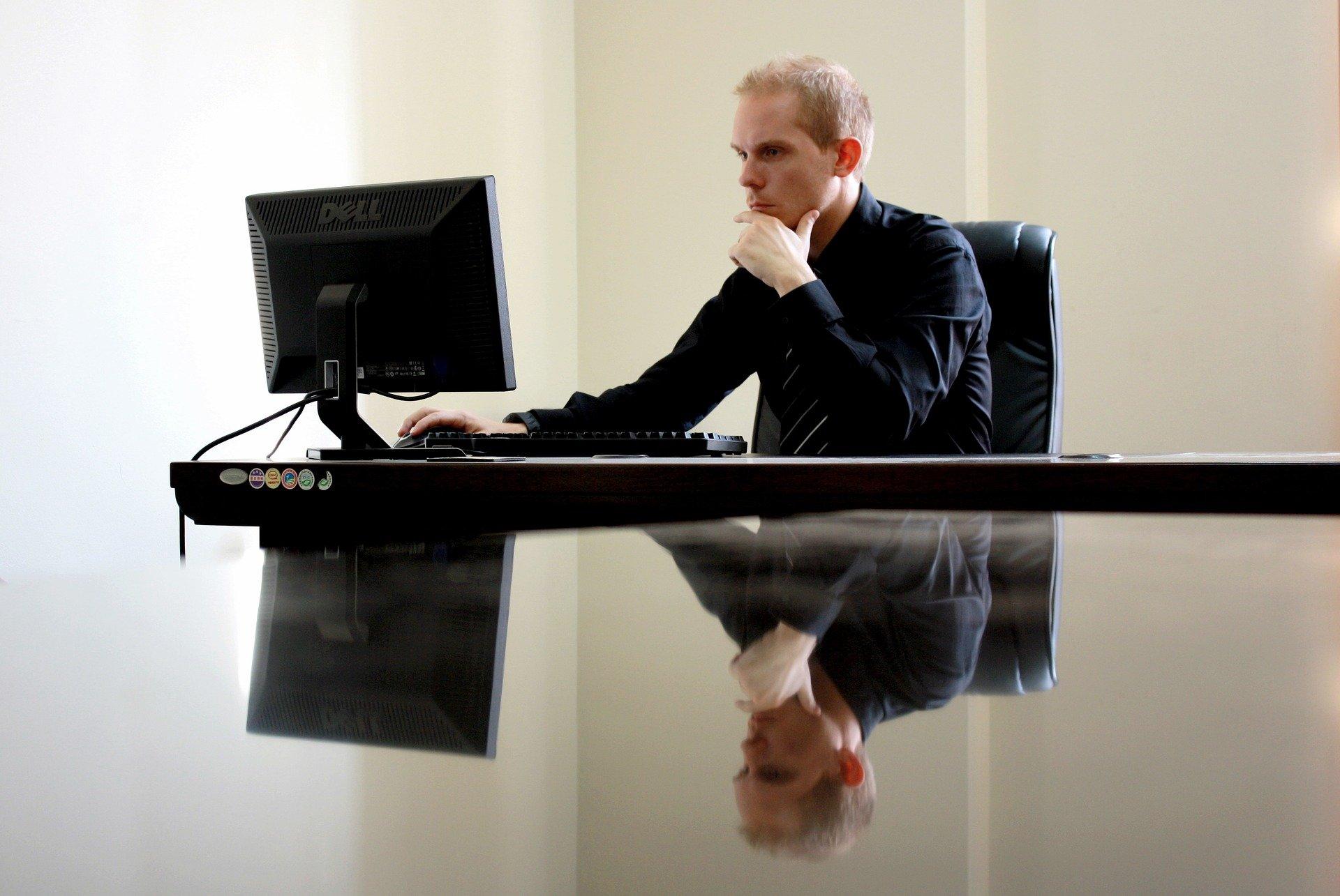 Wirtualne biuro – co to jest i do czego służy?